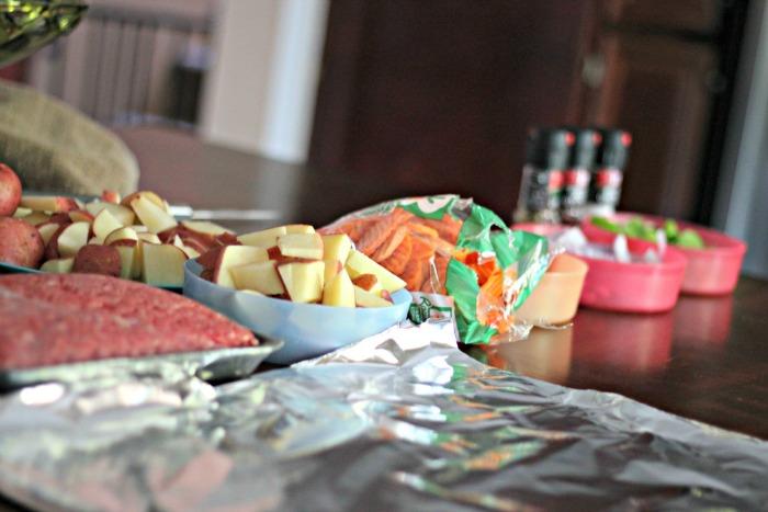 Camping Meals: Foil Dinner