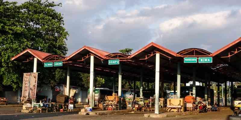 Terminal Bus Mandalika Mataram Lombok NTB