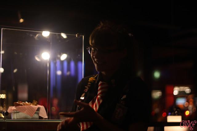 Helpful staff at TGI Fridays explaining the Meet Your Match menu | Anyonita-nibbles.co.uk