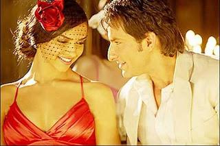 Deepika, Saif team up again for 'Cocktail'