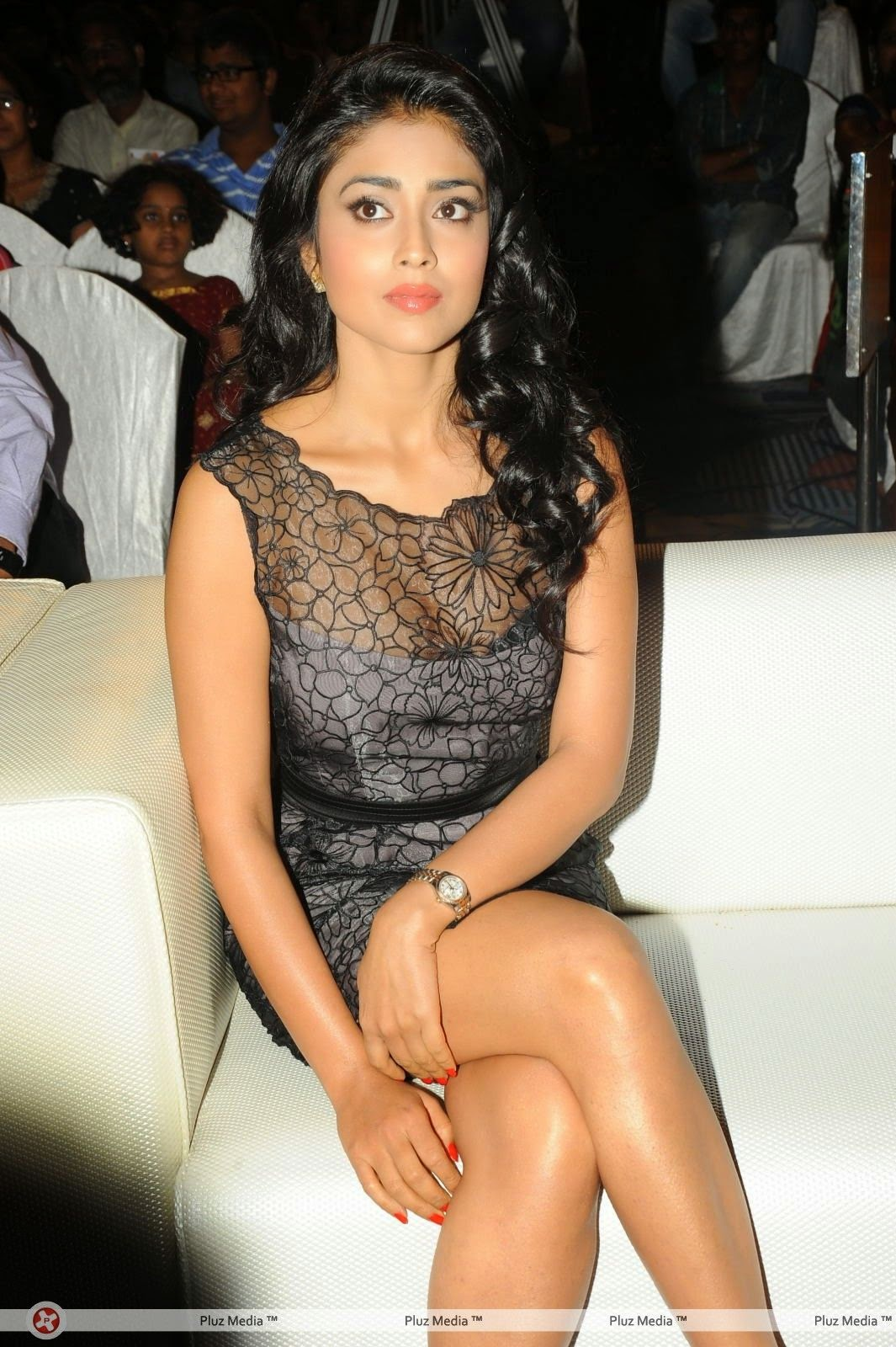 Shriya Saran black short dress