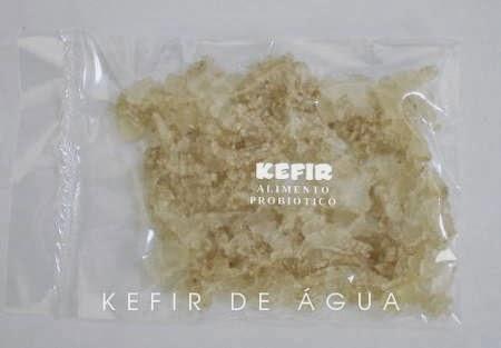 Kefir de água desidratado e embalado