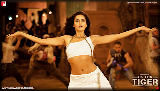 Hot Katrina Kaif's Belly Dance HD Wallpaper from Ek Tha Tiger