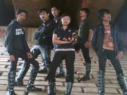 Utusan Suci (Band) - Alive + Tahta Suci