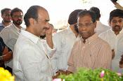 Celebs Pay Homage to Rama Naidu-thumbnail-32