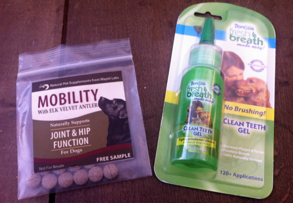 Pets Monthly Subscription Boxes - Pawalla Review - July 2012