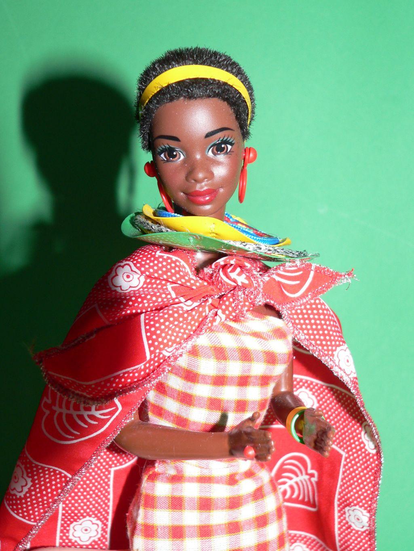 http://3.bp.blogspot.com/-trY3y8390xw/Tf4qbR3pMmI/AAAAAAAAAjk/b3K_WQJVTdM/s1600/Barbie%2BKenya%2B4.jpg