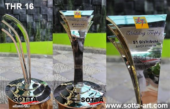 Kerajinan Kuningan,piala trophy, piala kuningan, piala penghargaan, piala bergilir, piala tetap, award, trophy kejuaraan