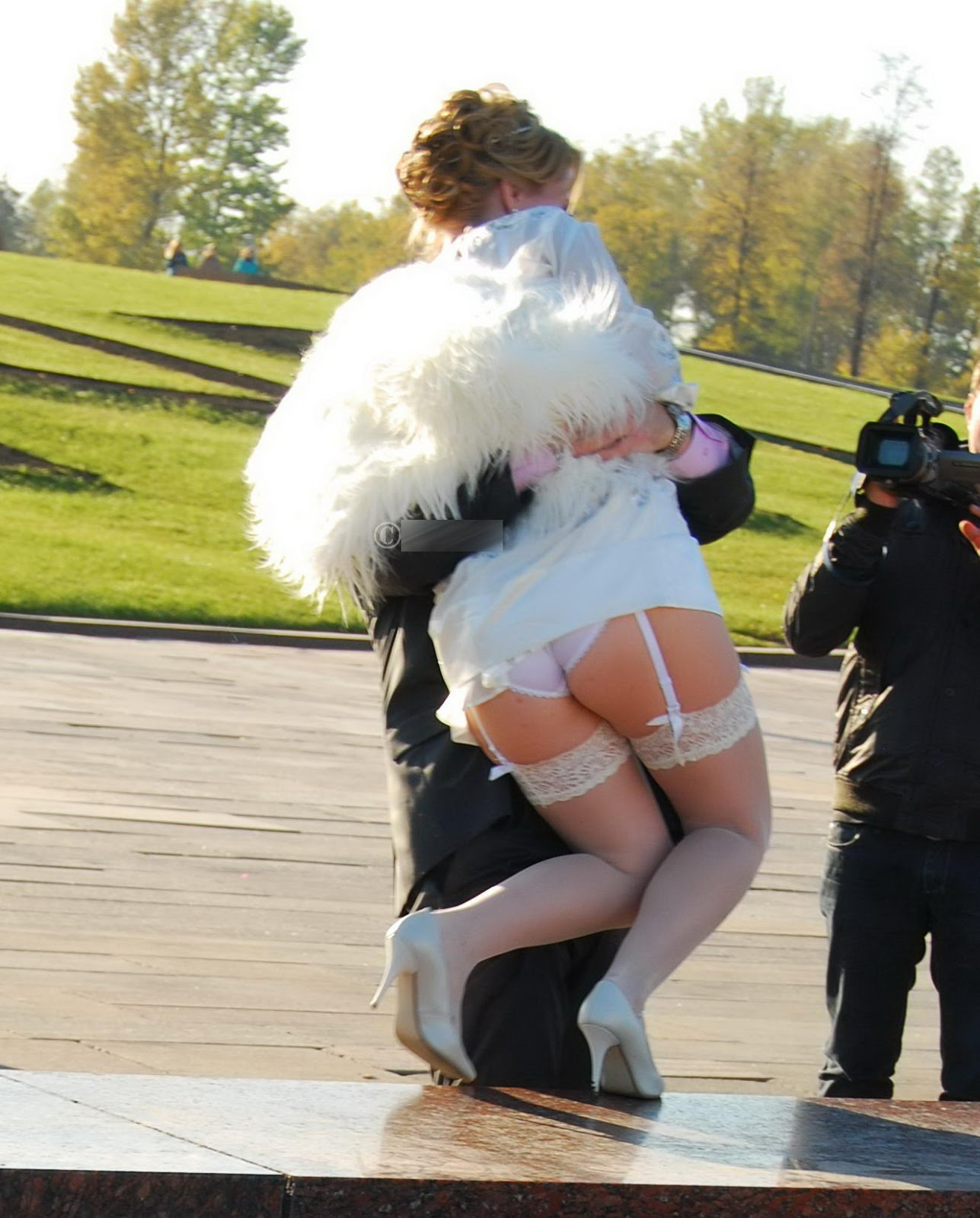 Что у невест под платьями 18 фотография