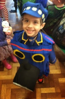 Make_Your_Own_Thomas_Tank_Engine_Costume