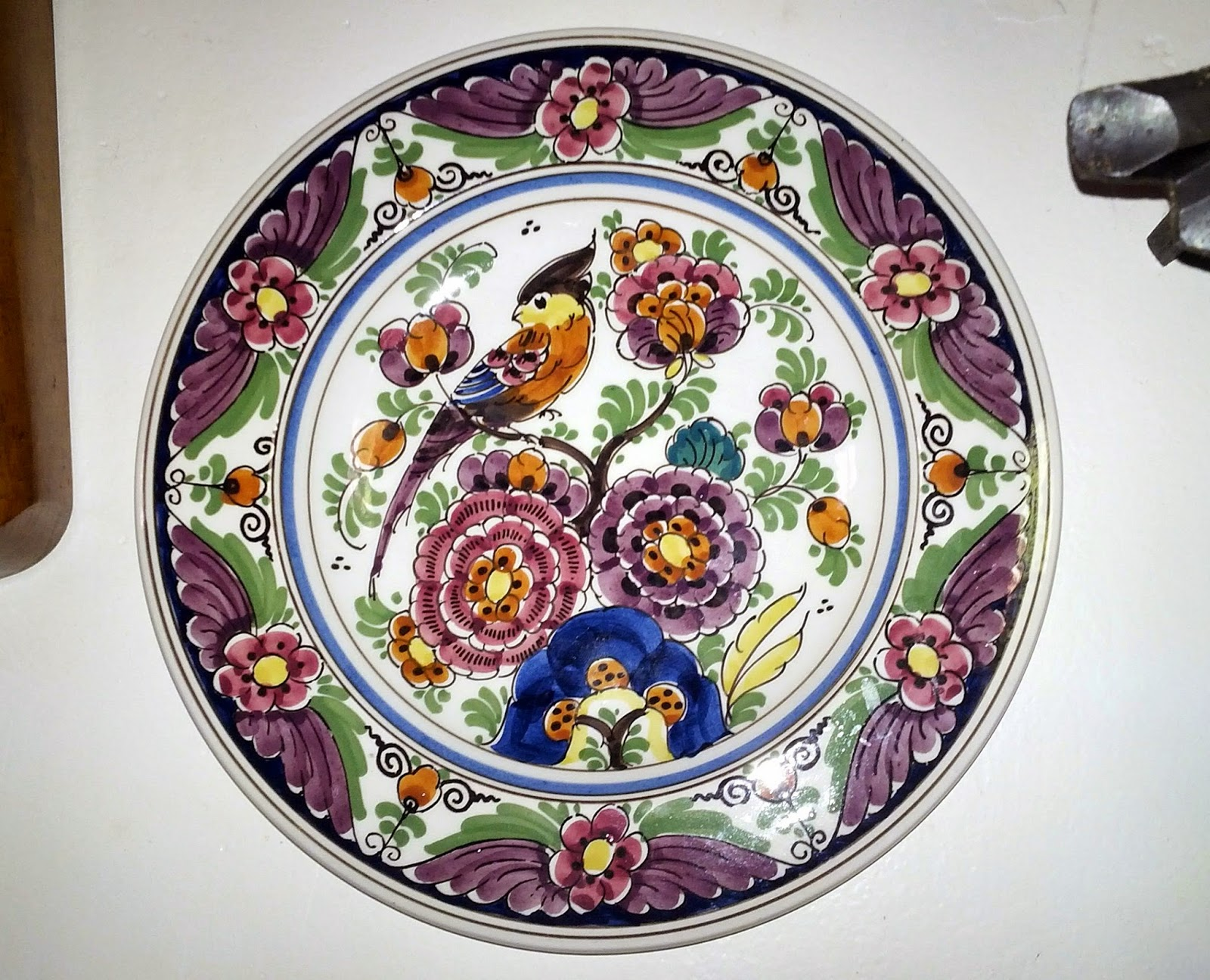 SALE - Velsen Delft Polychrome #1654