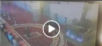 VIDEO: Heboh! Imam Masjid Ditampar Saat Salat Jumat