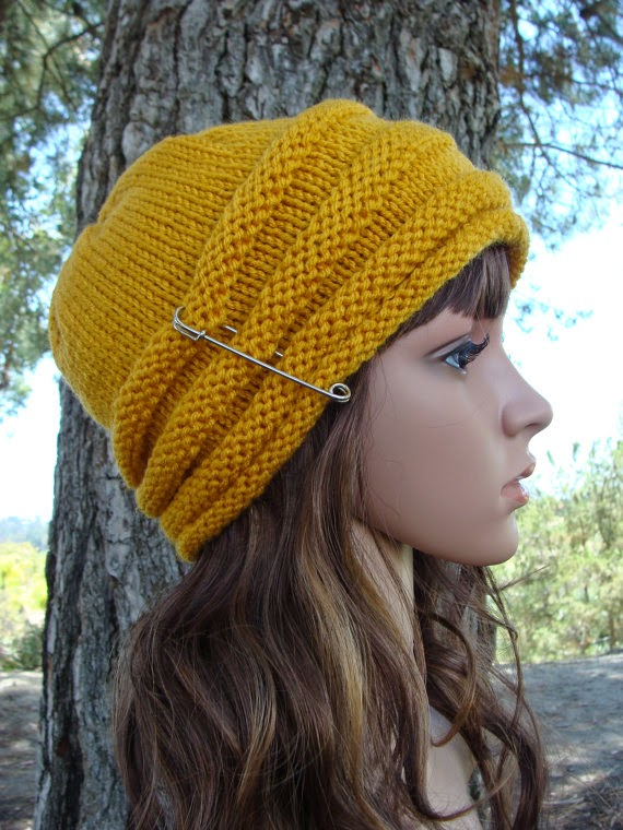 knitted hat pattern, women's beehive hat