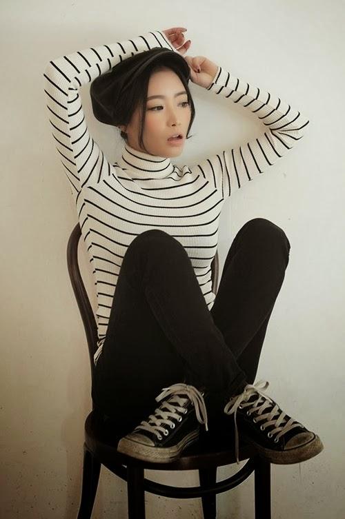 Slim Striped Turtleneck Shirt