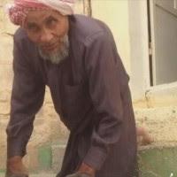 cari-info-menarik.blogspot.com - Selama 65 Tahun, Orang Cacat Saudi Ini Merangkak Setiap Hari Ke Masjid