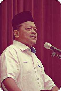 http://en.wikipedia.org/wiki/Shahidan_Kassim