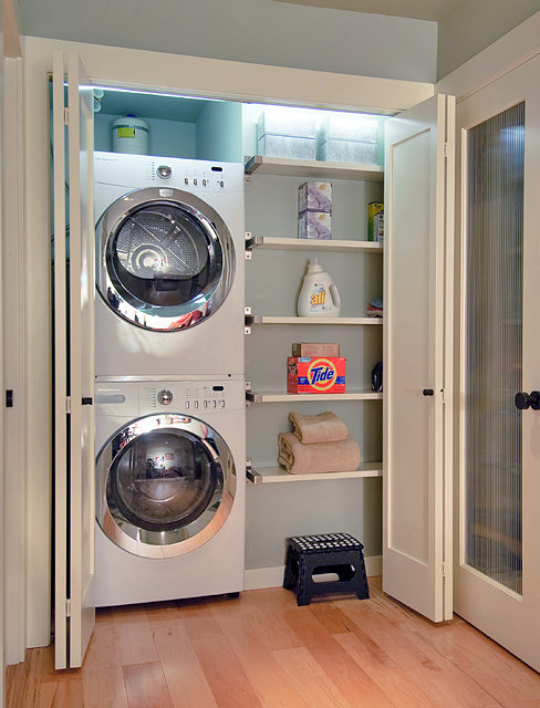 Organized Laundry room with stacked washer and dryer :: OrganizingMadeFun.com