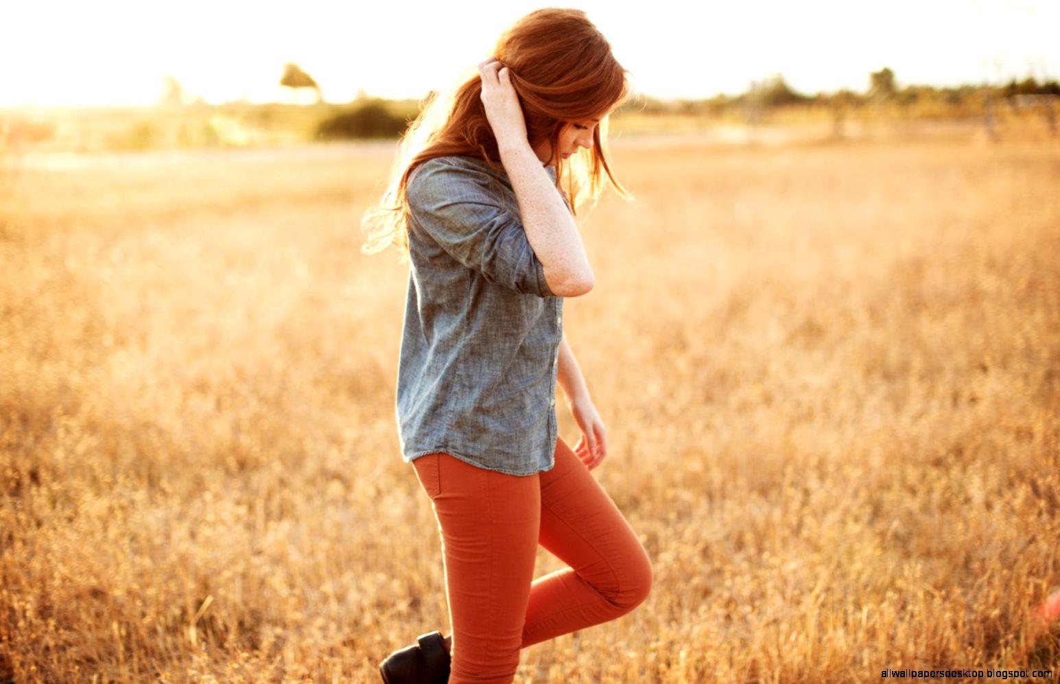Field Redhead Girl 6963233