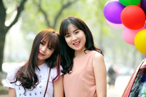 """Hot girl Sa Lim và """"Cô gái thời tiết"""" Mai Ngọc xinh đẹp rạng ngời"""