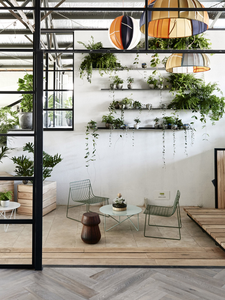 Interiors inspo living walls sprunting a uk for Plant shelf plans
