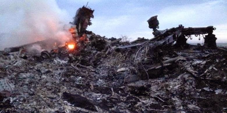 Malaysia Airlines MH-17 Ditembak Jatuh di Atas Udara Ukraina