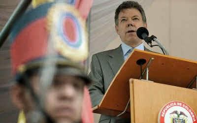 Juan Manuel Santos Atril