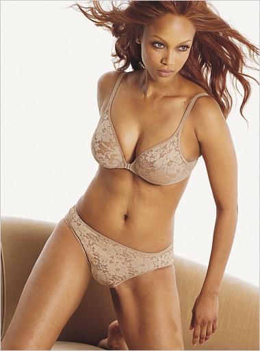 Tyra Banks Victoria S Secret Lingerie 2004 Models