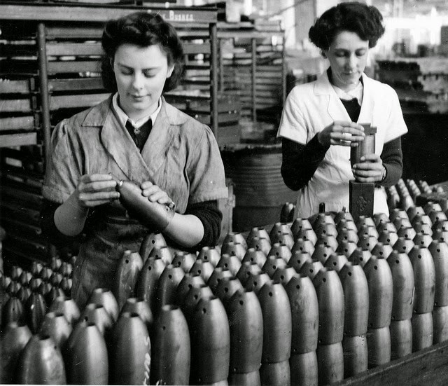 women working during world war 2 Women have actively participated in war, from nursing and munitions manufacturing during the first and second world wars to the increasing involvement of canadian women in the military signallers marian wingate and margaret little of the women's royal canadian naval service at work in st john s, newfoundland, april 1945.