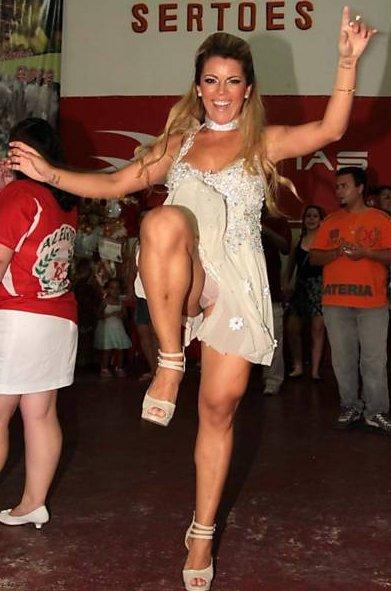 Fotos Carnaval Mulheres Nuas Peladas Em Sp Rj E Ba Musas