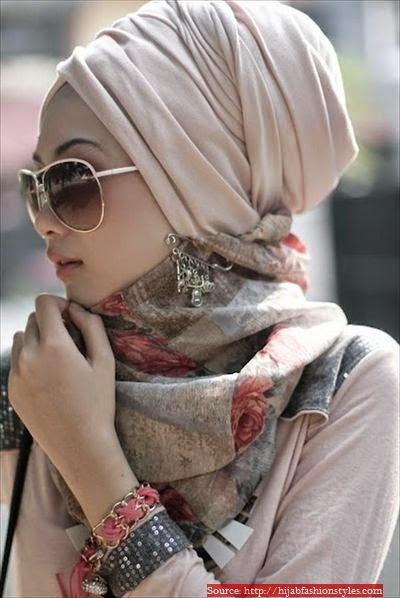 Porter le hijab avec style chic