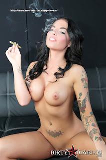 Fotos De Chicas Seys Desnudas Y Tatuadas