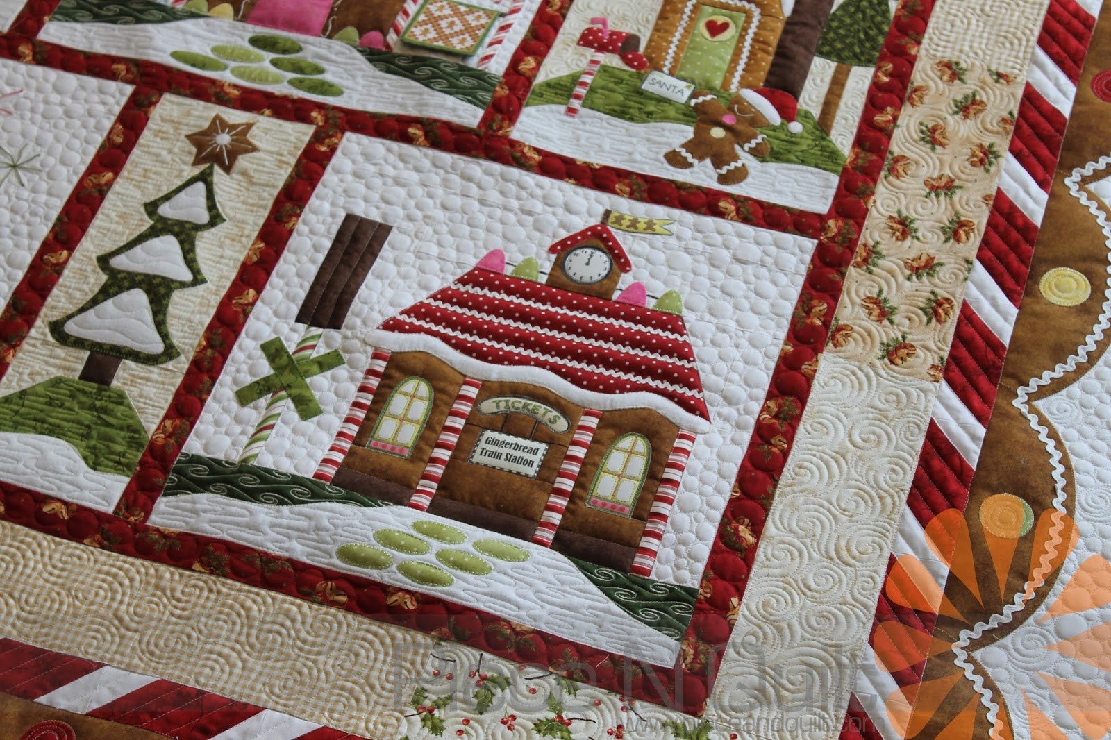 Gingerbread House Quilt Pattern Free : Piece N Quilt: Gingerbread Village Quilt - Custom Machine Quilting by Natalia Bonner