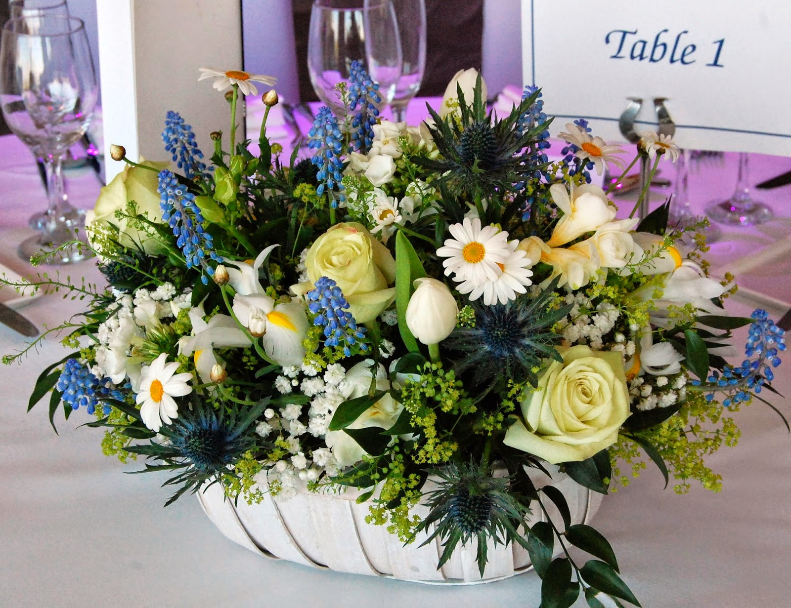 Mood Flowers Glasgow Wedding : Spring was definitely in the air for one of our easter
