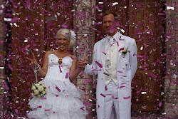Konfettiregn på vårat bröllop