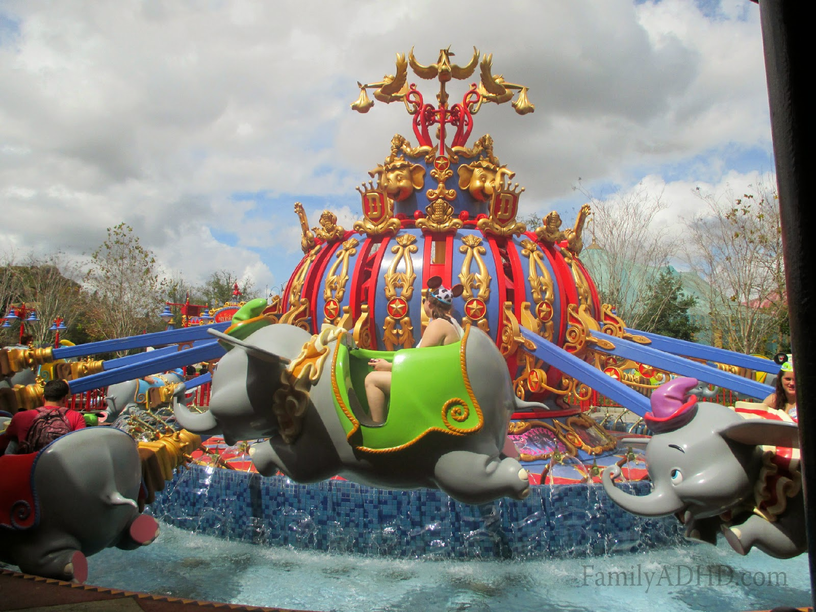 orlando family travel guide 2015 fantasyland seven dwarfs mine train ride