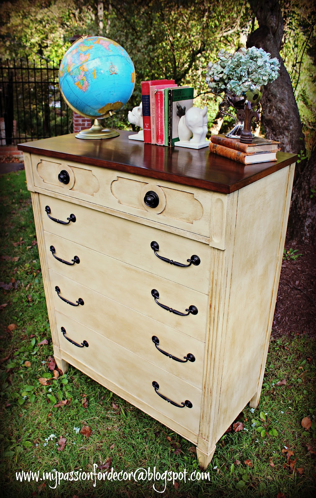 My Passion For Decor: 1960's Dresser Brought Back To Life