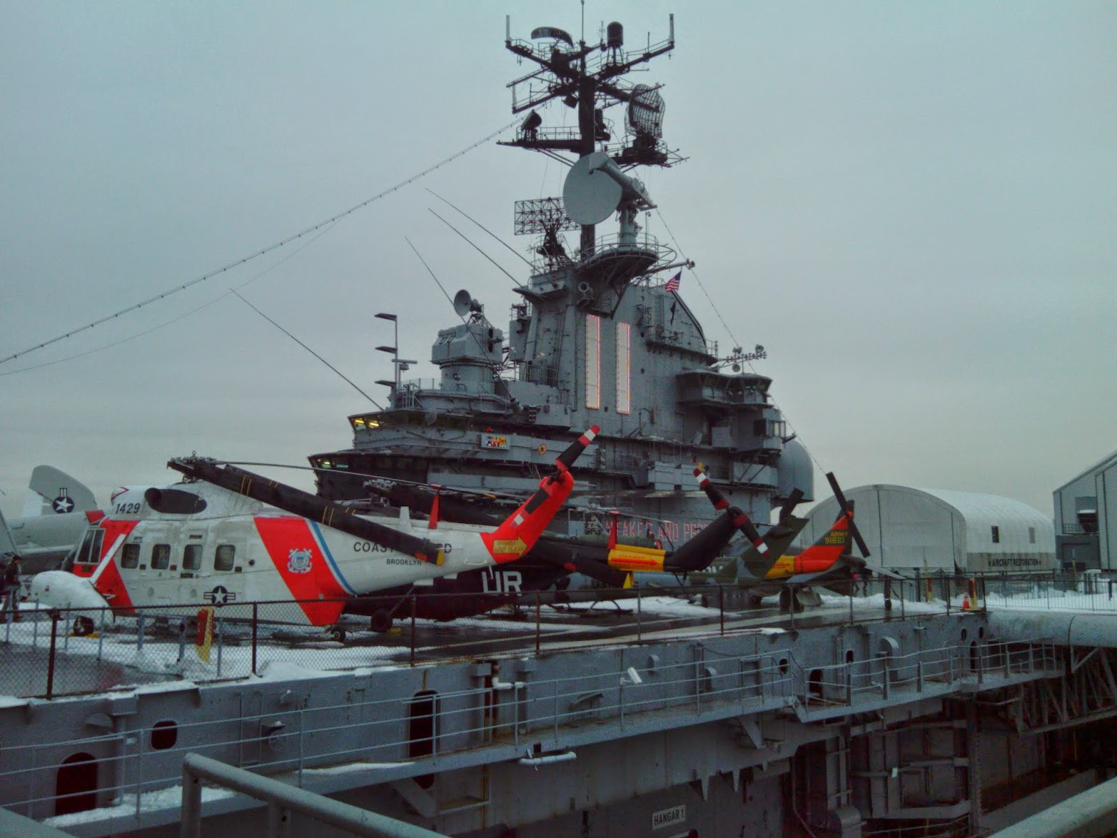 Vivere la storia the intrepid sea air space museum - Portaerei new york ...