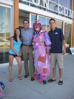 Penticton Mayor Dan Ashton with children Chantal and Coleton and Bubblee Bubblezz the clown
