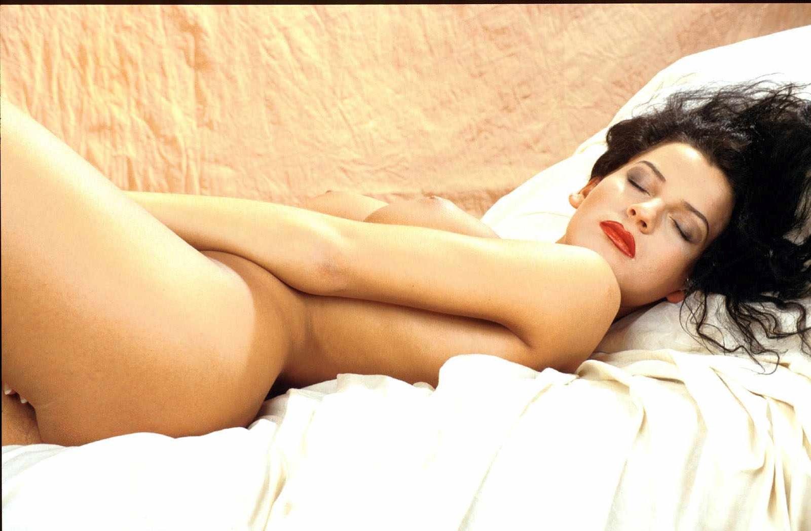 videos milf affamee exige sa dose de sexe quotidienne.