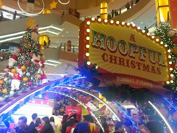 A HOOPFUL CHRISTMAS