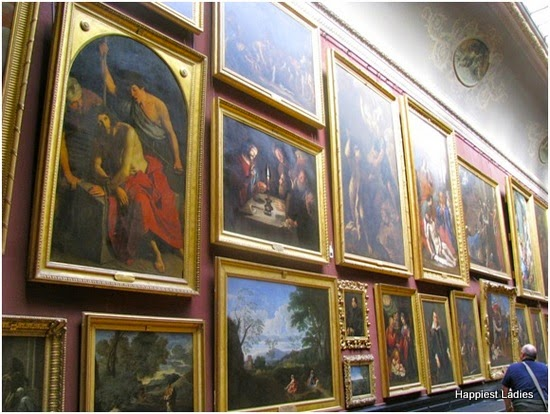 paintings at The Condé Museum