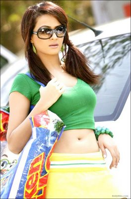 Surveen Chawla Hot Photoshoot Pics