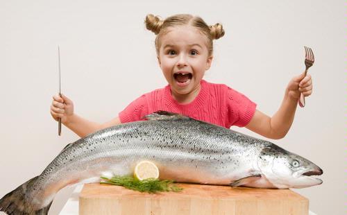 makan ikan [DuniaQ Duniamu]
