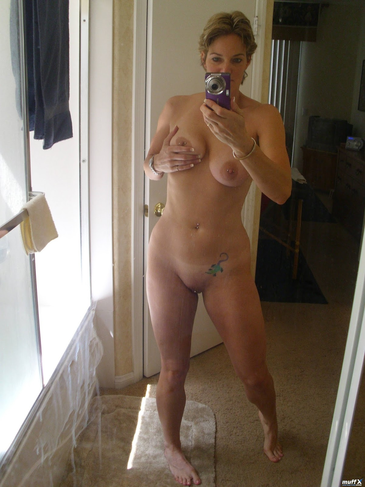 Posted By Bull Dog At Am Labels Amateur Cougars Mi Self Shot