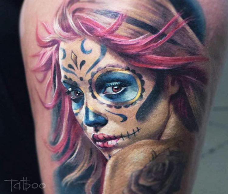 en los tatuajes de catrinas entre mujeres será por algo es porque las mujeres se identifican con la belleza y la melancolía de esta criatura fascinante.