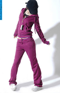 صور ملابس رياضية للنساء 2013