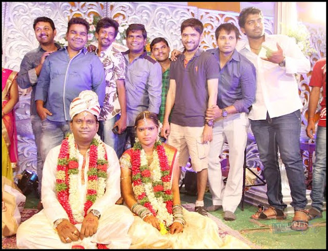 Thagubothu Ramesh Marriage Photos,Thagubothu Ramesh wedding Photos,Celebrities at Thagubothu Ramesh marriage ,Thagubothu Ramesh and Swathi Marriage photos,Thagubothu Ramesh wife Name,Thagubothu Ramesh Telugucinemas.in