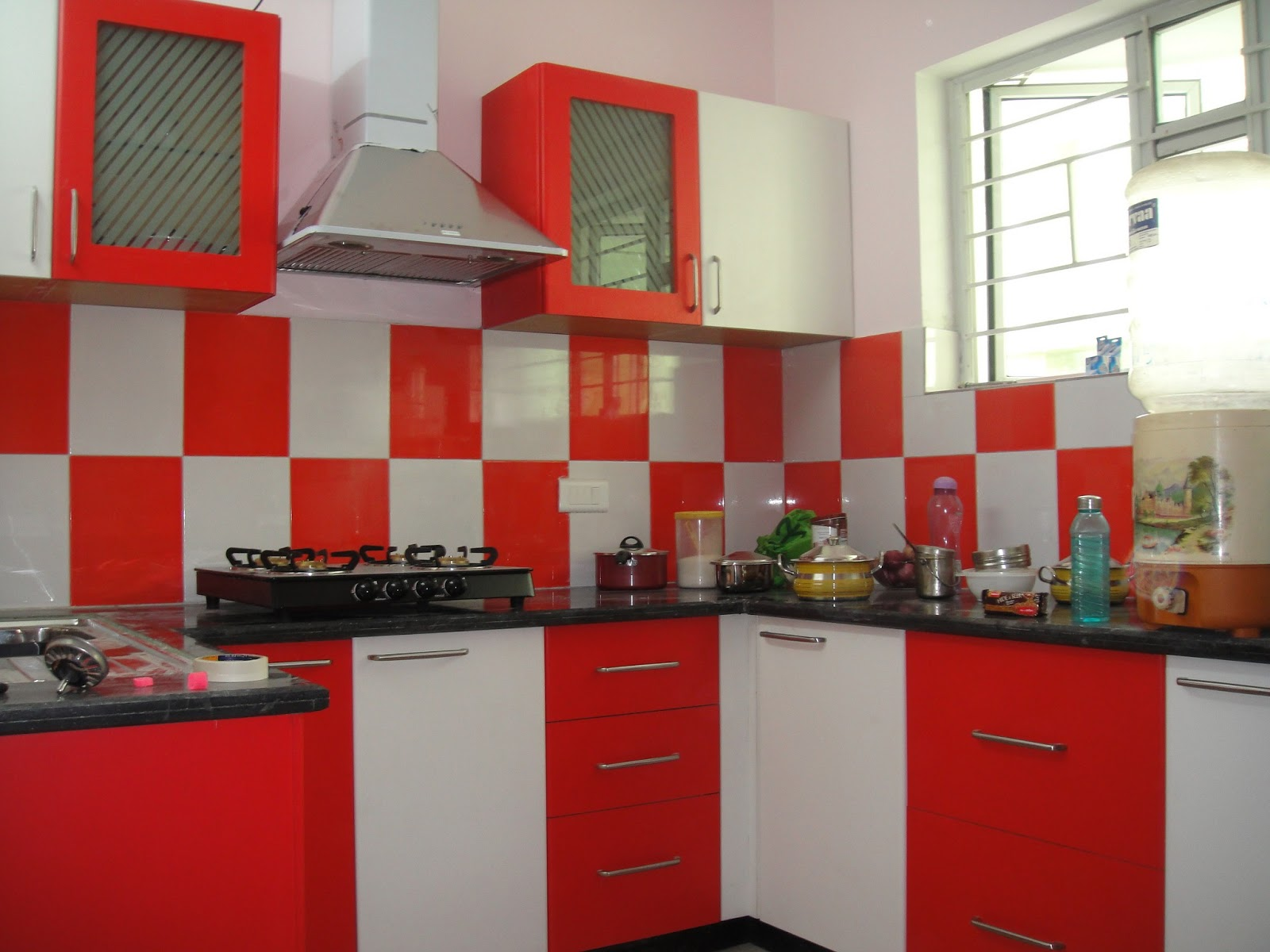 Designs Of Modular Kitchen Red White Modular Kitchen 23484820170513 Ponyiexnet