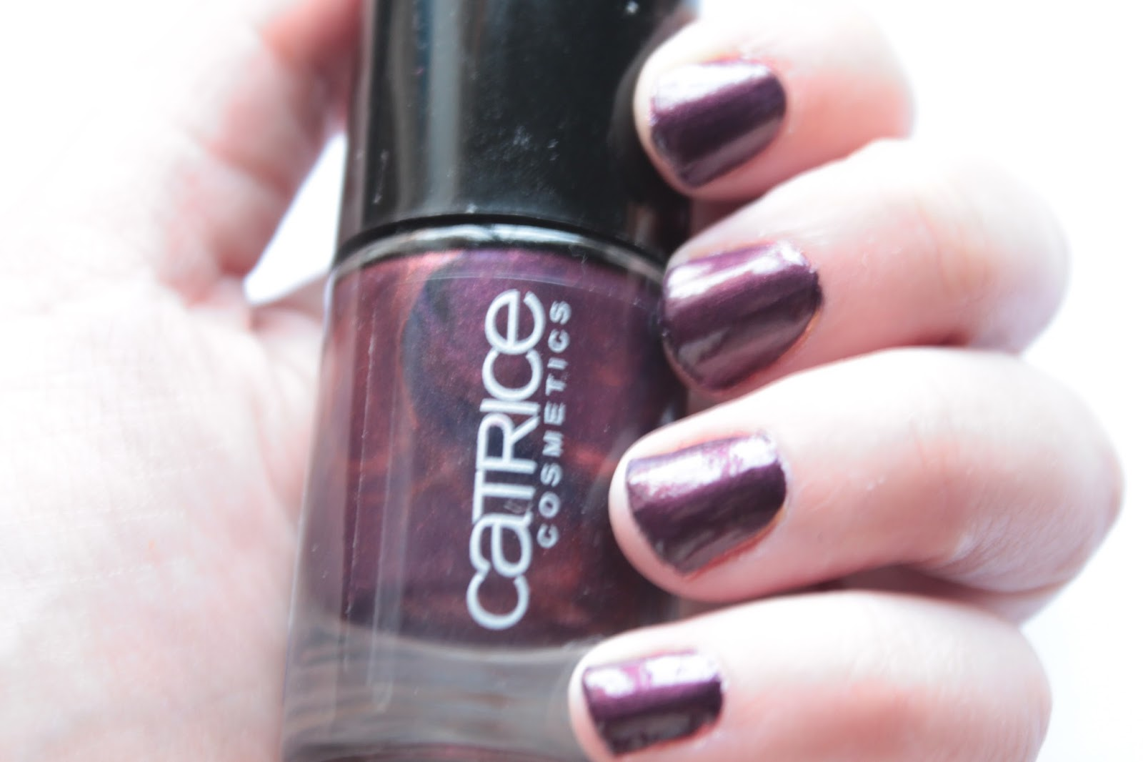 esmalte-first-class-up-grade-catrice
