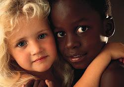 Sohase nézd  a bőre színét (videó)